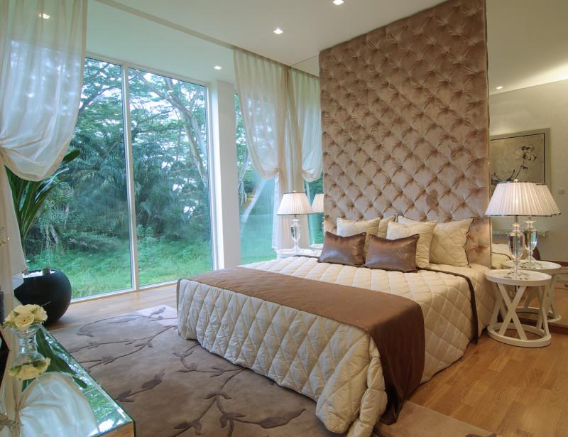 Стеновые панели из ткани в спальне